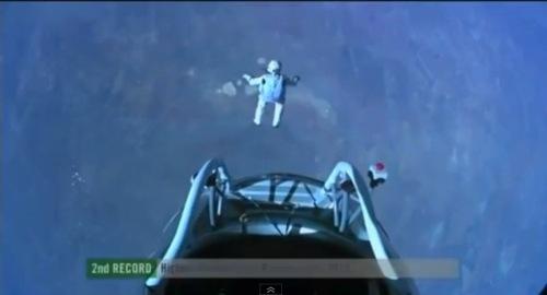 翼を授けるってレベルじゃねーぞ!成層圏からの自由落下 レッドブル・ストラトスがヤバすぎて凄恐い!