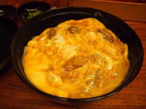ふわとろ卵が素晴らしい!創業250年の老舗人形町「玉ひで」で親子丼を食べました!