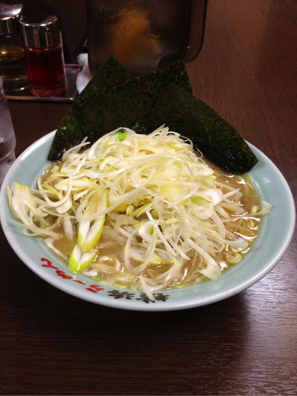 横浜らーめん 壱八家 スカイビル店でネギラーメンを食す!